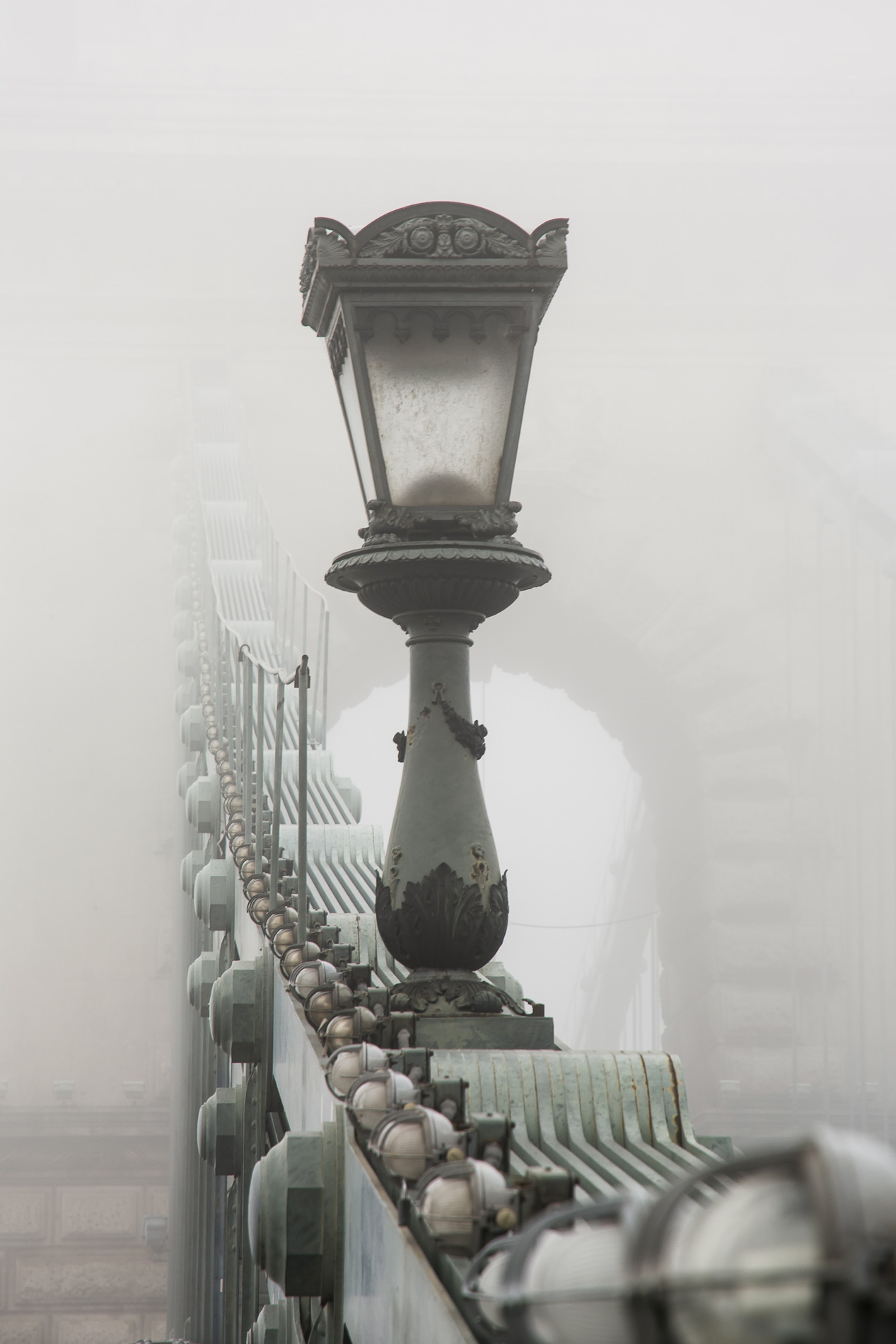 budapest_atthary_photography_bridge_31