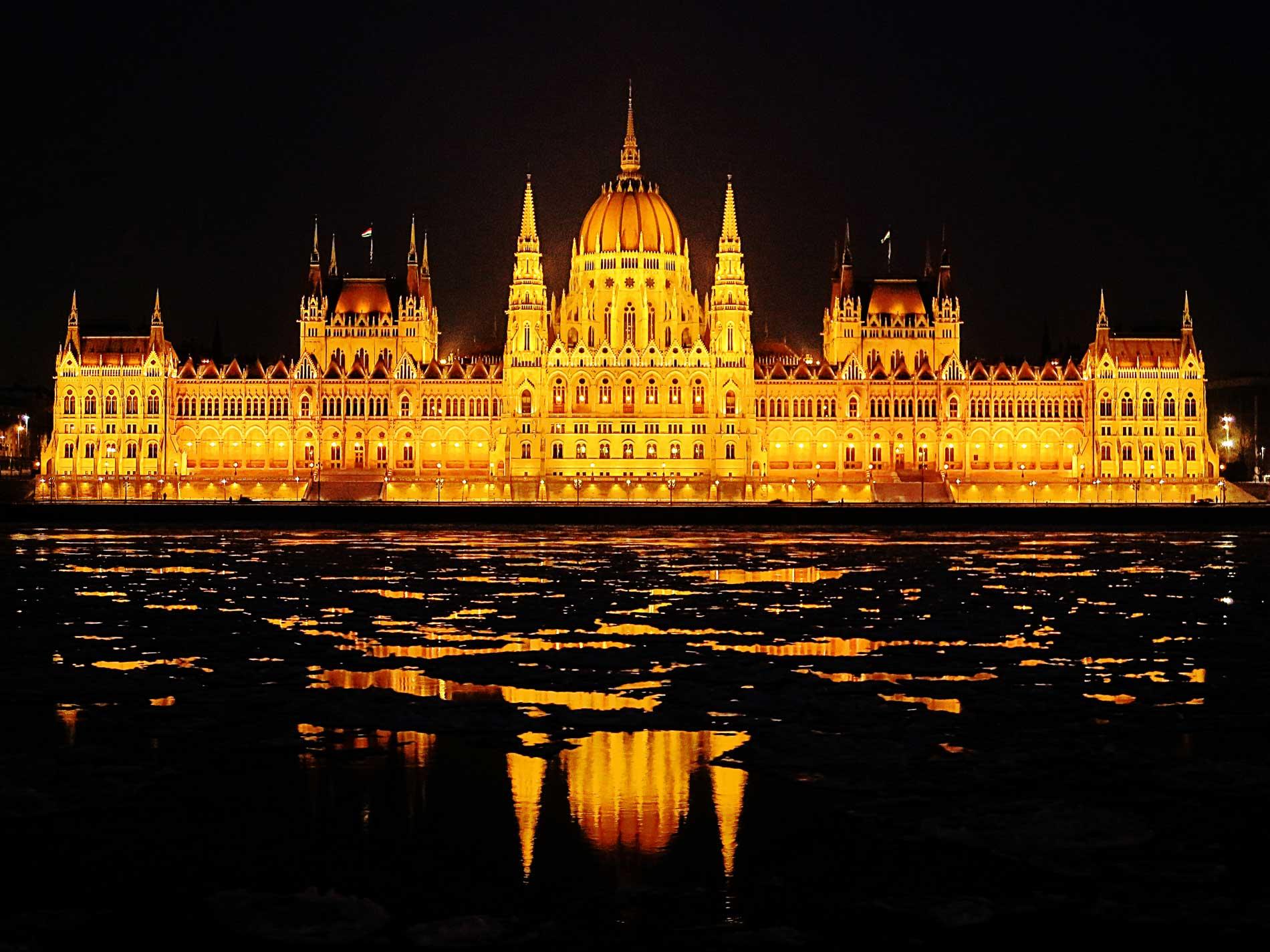 photography_atthary_budapest_monumental_11