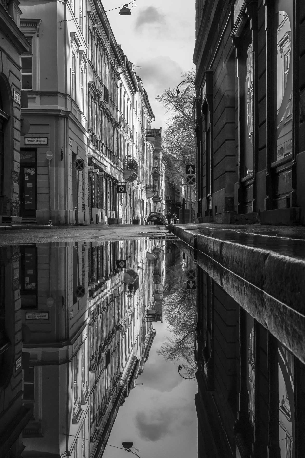 photography_atthary_budapest_reflection_27