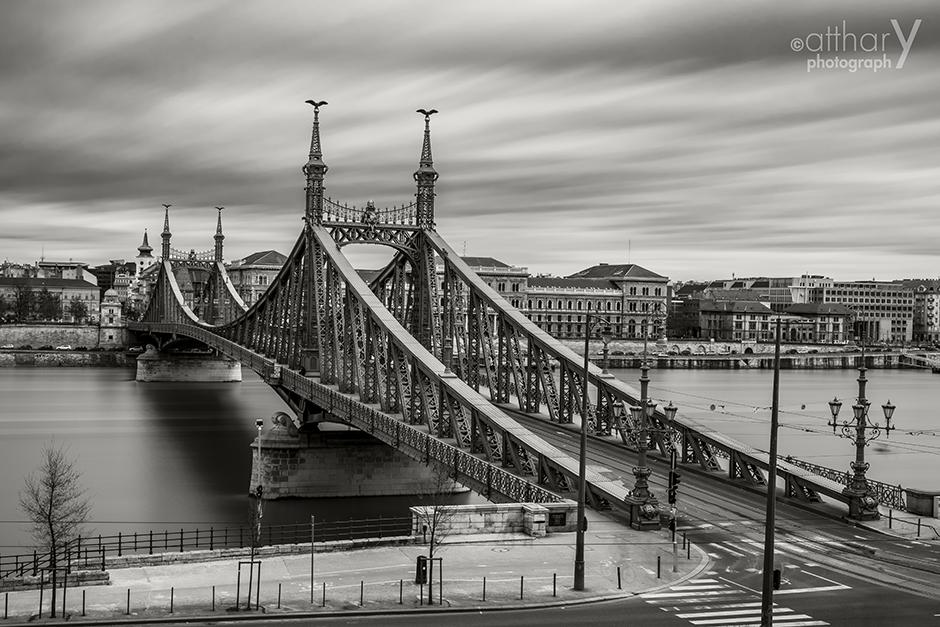 photography_atthary_budapest_bridge_32